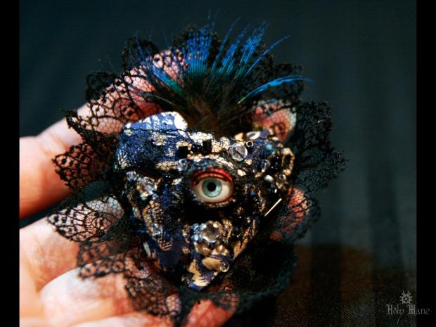broche bijou unique oeil bleu